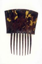 Tortoiseshell woman's comb